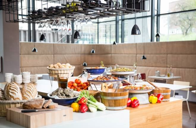 buffet-in-hotel-amsterdam